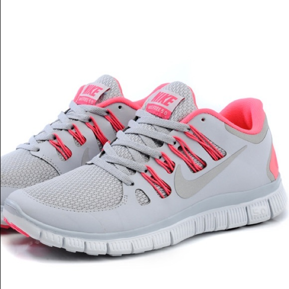 online store f4aef 54b9d Nike Free 5.0 Women s Grey Pink Force-White. M 5b0c53ac5512fdd73c856ce0